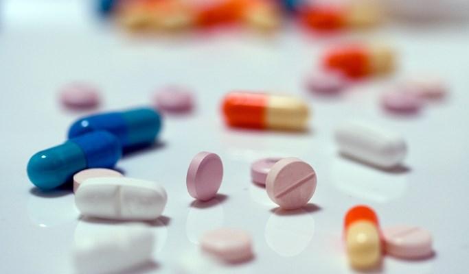Acute Respiratory Tract Infections in Children: Broad- vs Narrow-Spectrum Antibiotics