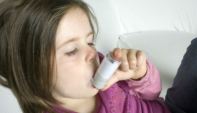 Increased Risk of Asthma in Children With Early Antibiotic Use
