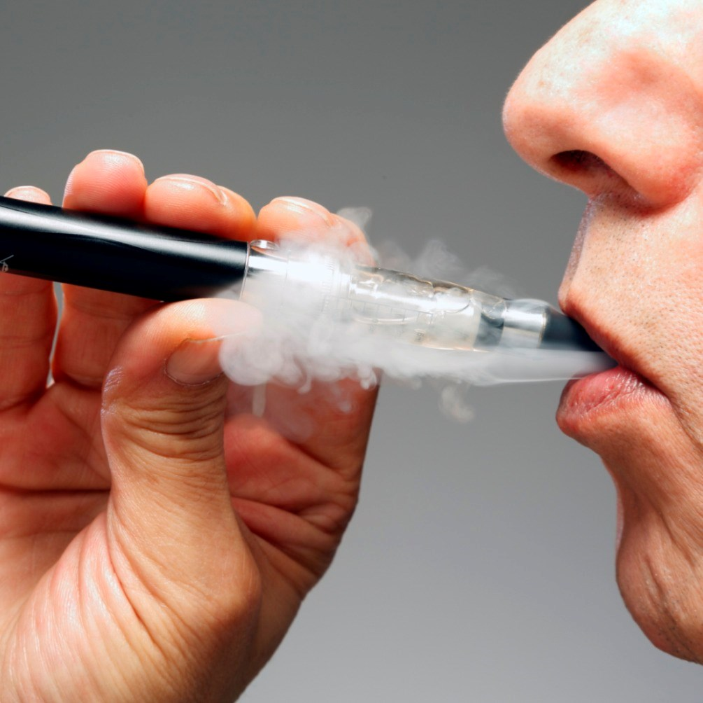 The negative physical effects of e-cigarettes were recorded within the first 30 minutes after use.