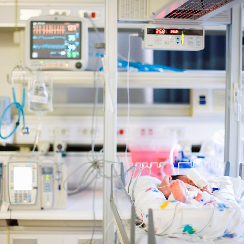 Early detection of pulmonary hypertension in preterm neonates is important for appropriate management.