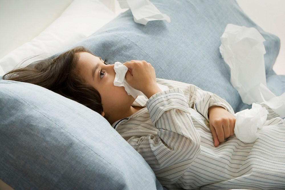 None of the symptoms, including cough, chest pain, and difficulty breathing, had a significantly predictive positive likelihood ratio for pneumonia.
