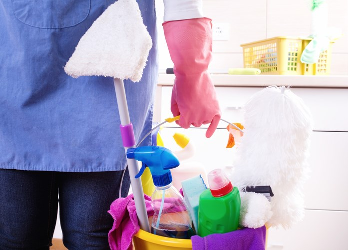 Cleaning sprays and other cleaning agents were associated with accelerated FEV1 decline.