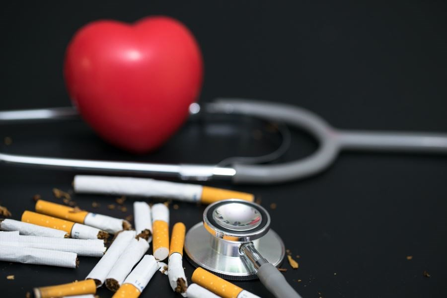 Smokers with asthma had lower rates of hypertension and acute dermatitis compared with former and nonsmokers.